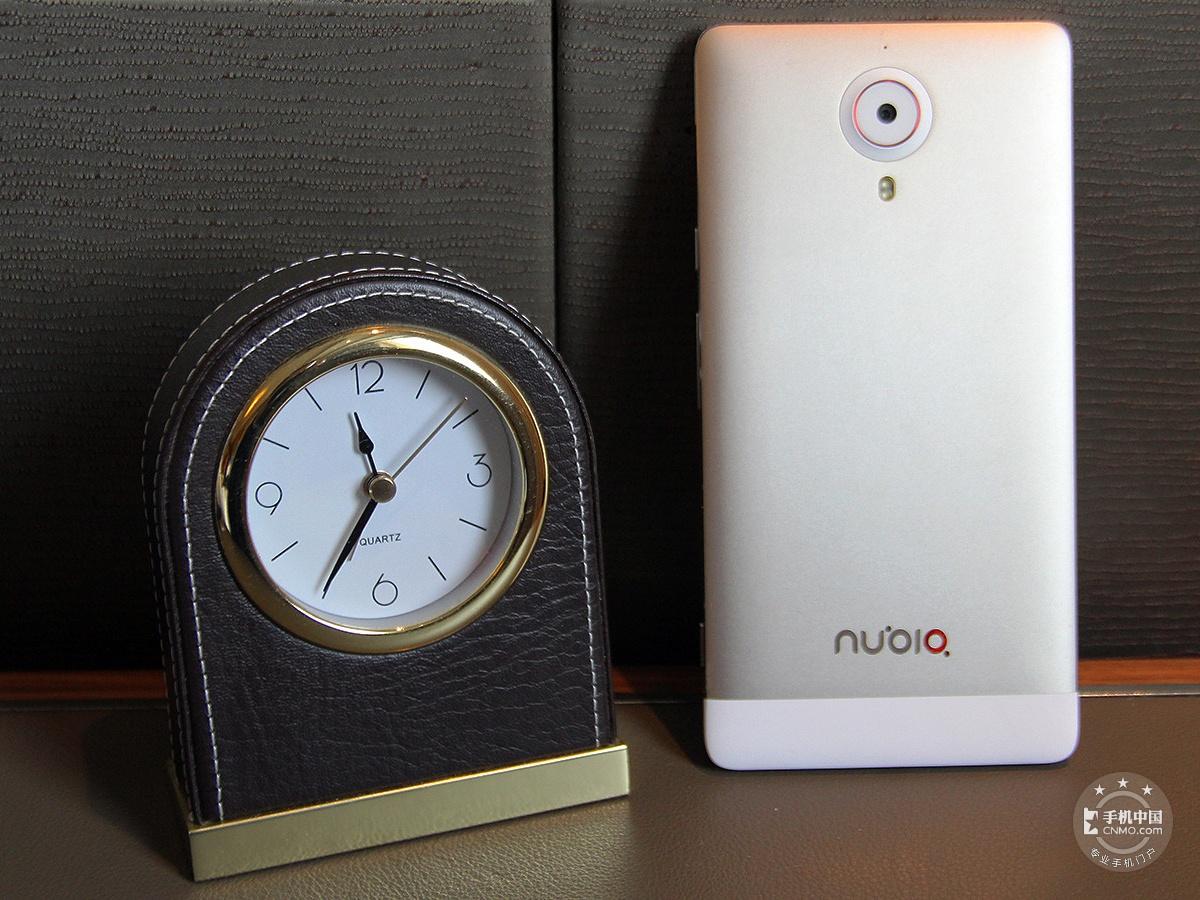 努比亚X6(64GB)整体外观第2张