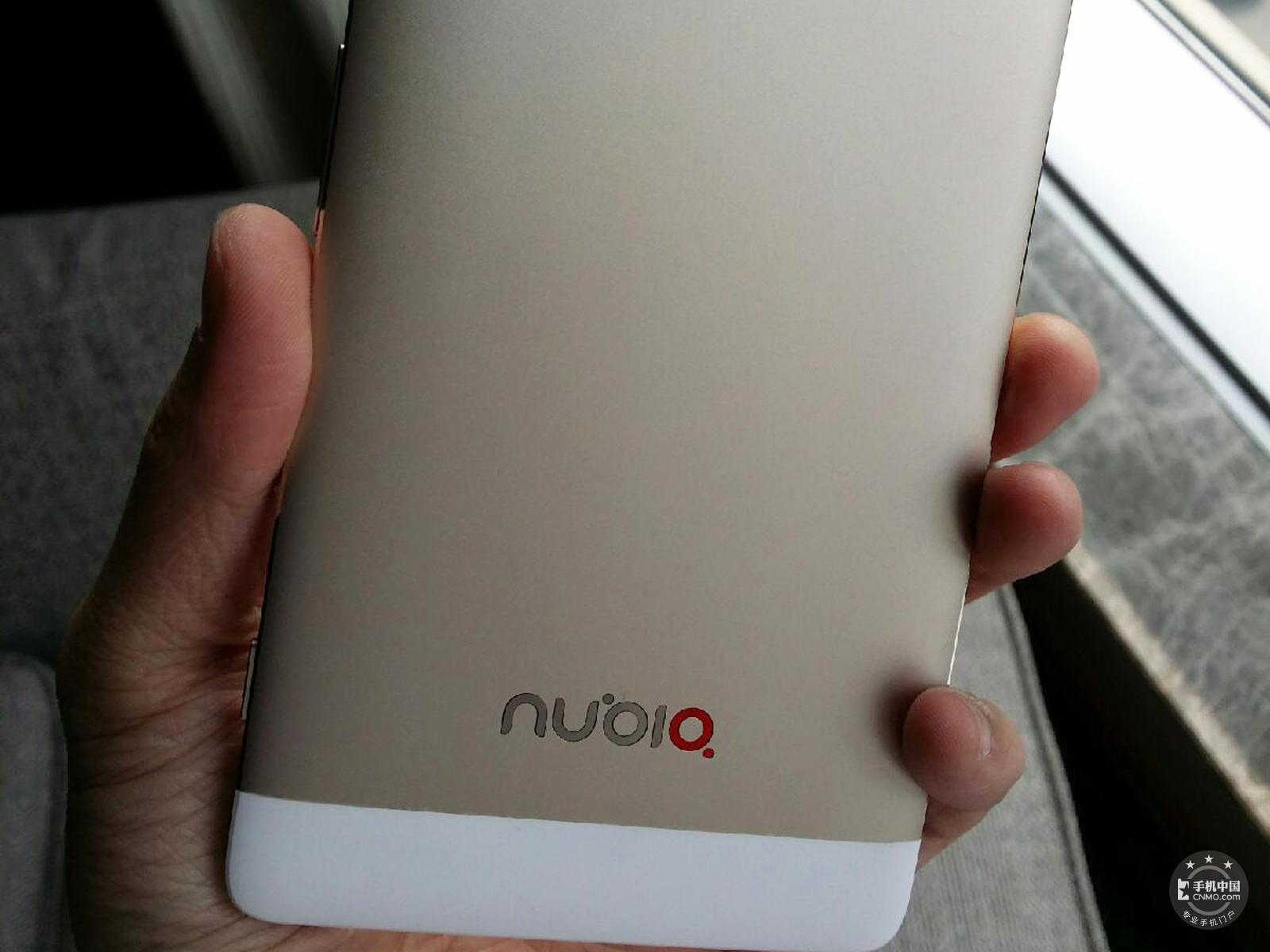 努比亚X6(64GB)机身细节第3张