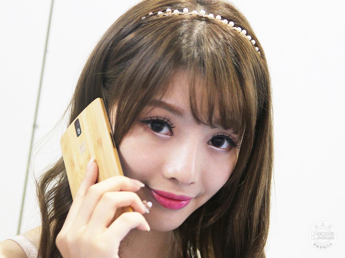 一加手机(64GB/移动版)时尚美图第4张