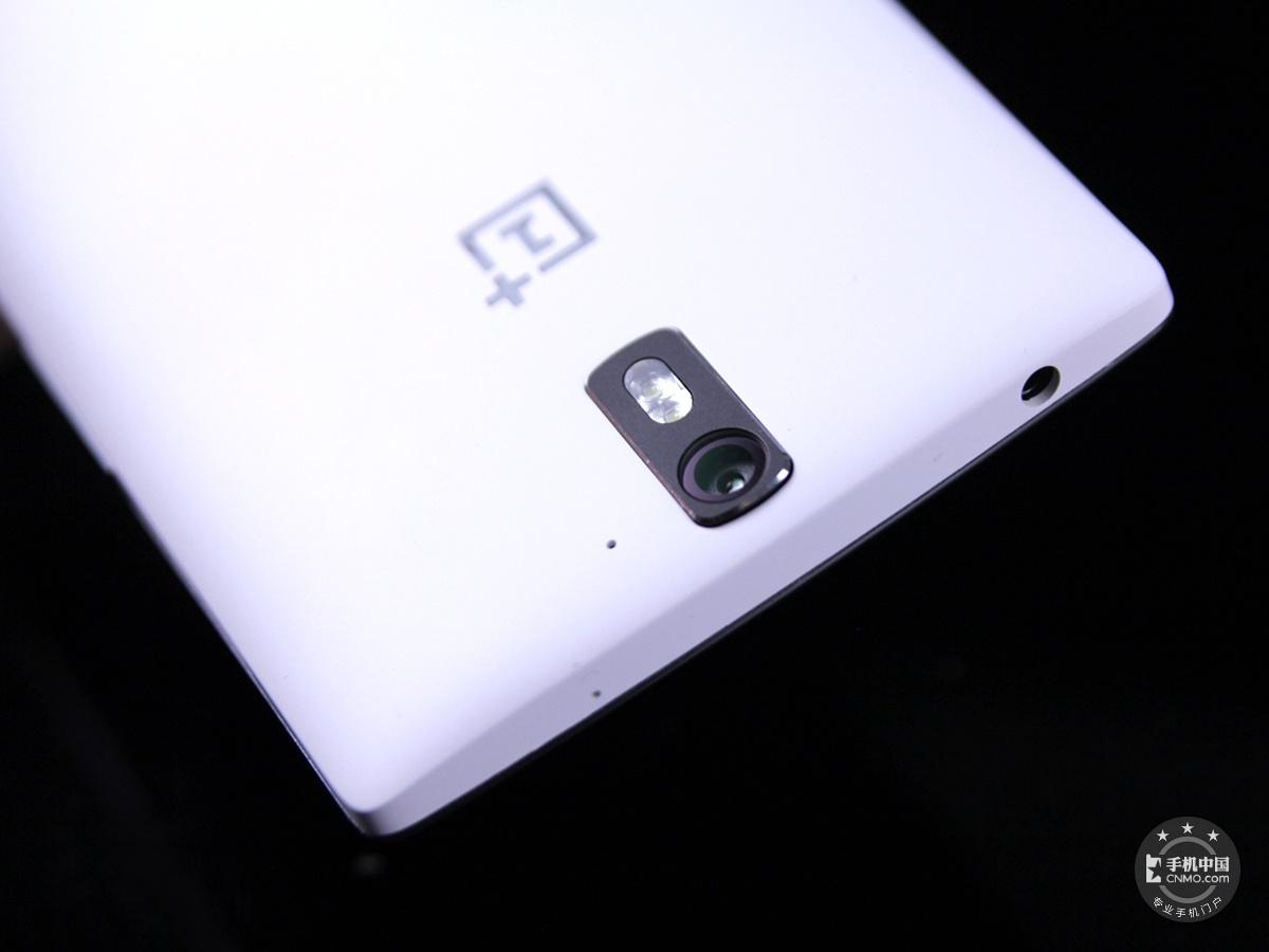 一加手机(64GB/联通版)机身细节第8张