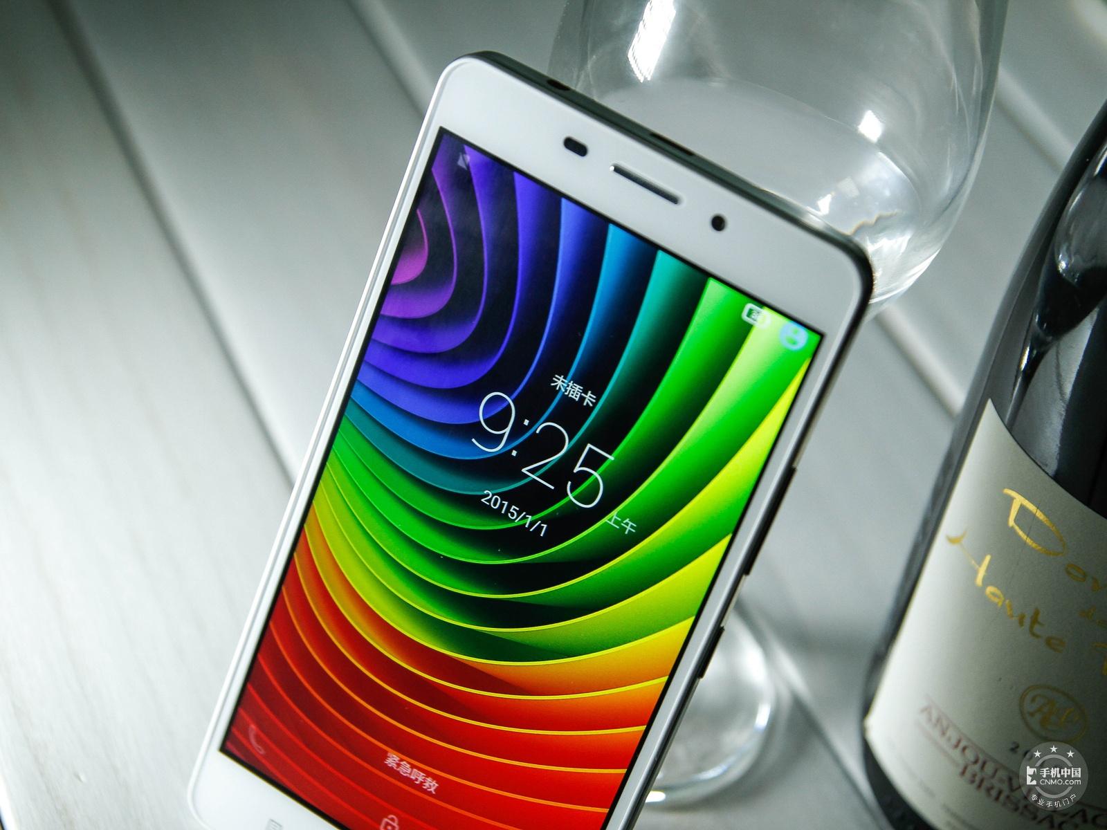 联想黄金斗士S8畅玩版(移动4G/8GB)机身细节第8张