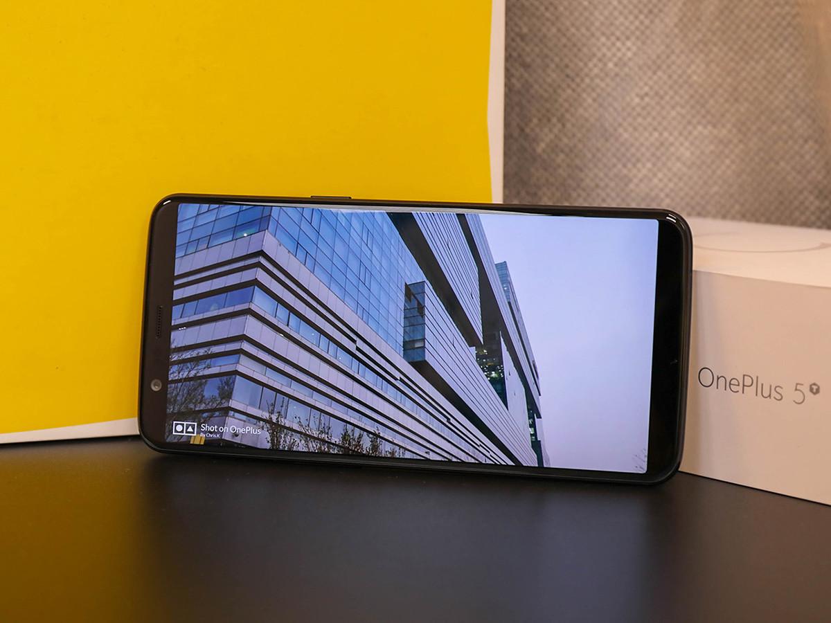 一加手机5T(128GB)整体外观第7张