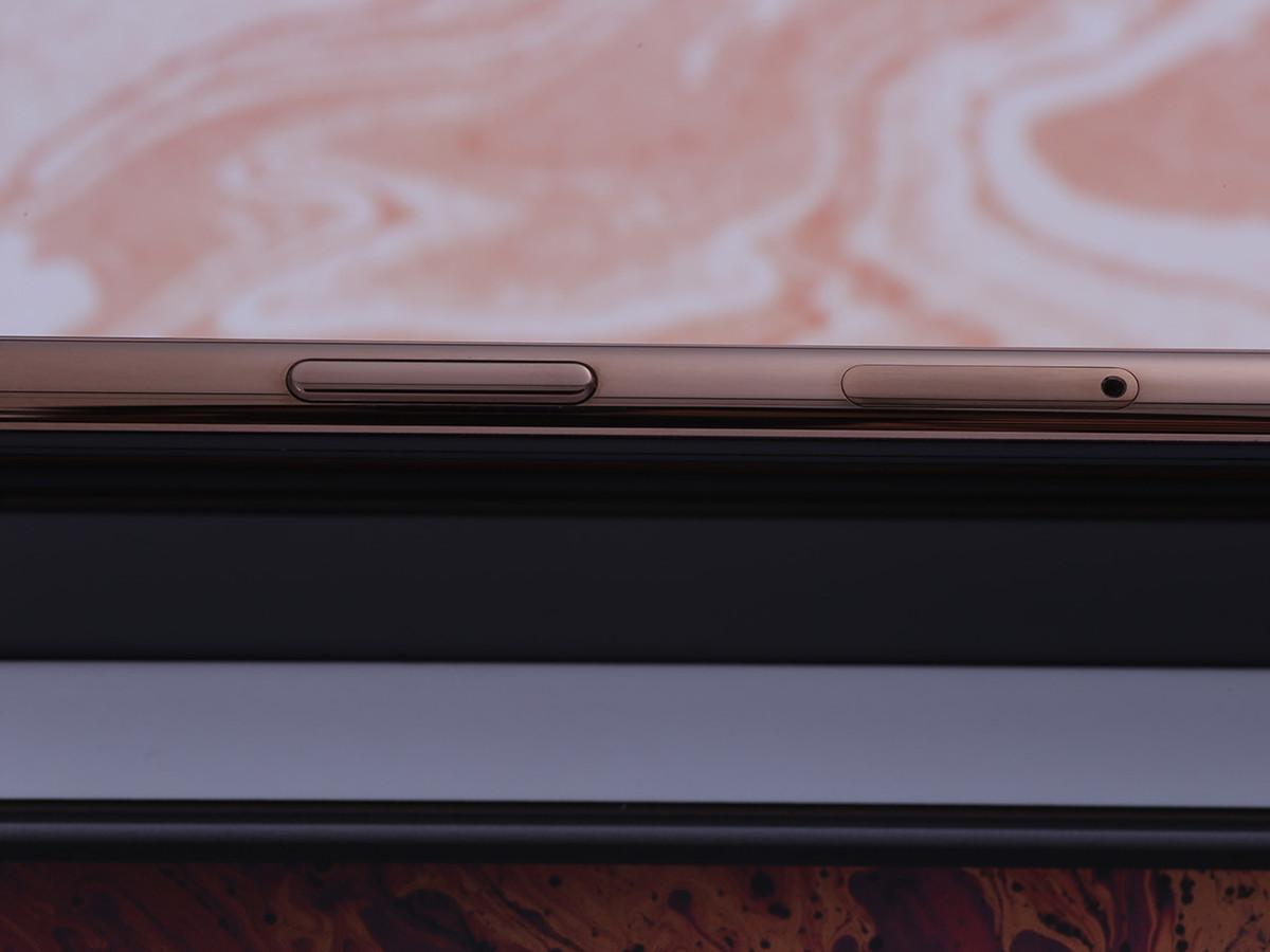 苹果iPhoneXSMax(256GB)机身细节第6张