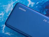 ZTE中兴Axon 10 Pro 5G版机身细节第5张图