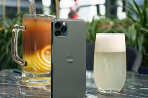 iPhone12�D�p